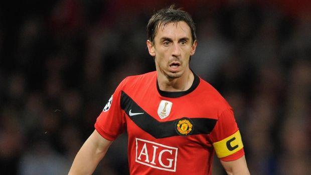 Gary Neville saat menjadi kapten Manchester United