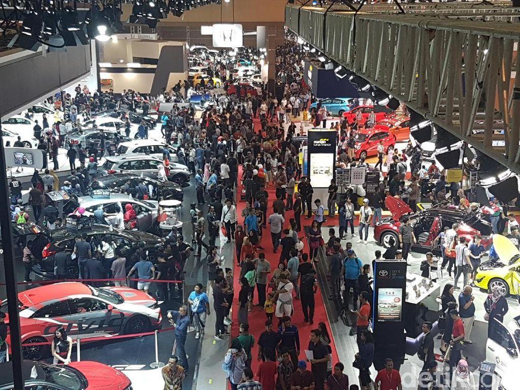 Mobil dan Motor Terbaik di IIMS 2018