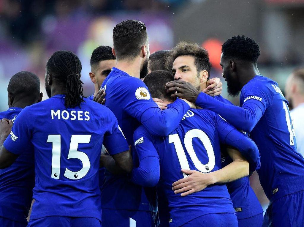 Chelsea Nantikan Perlawanan Sengit dari Huddersfield