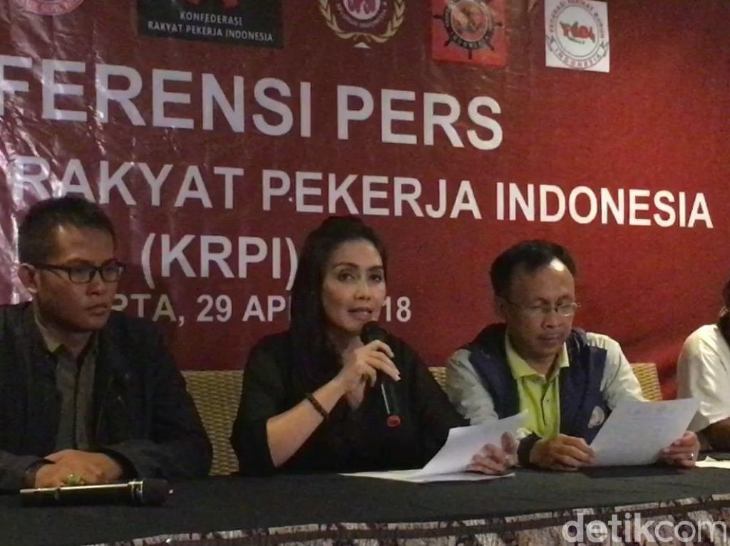 Peringati May Day, Konfederasi Pekerja Baca 5 Maklumat Bagi Jokowi