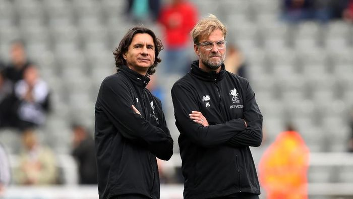 Zeljko Buvac bersama manajer Liverpool Juergen Klopp. (Foto: Ian MacNicol/Getty Images)
