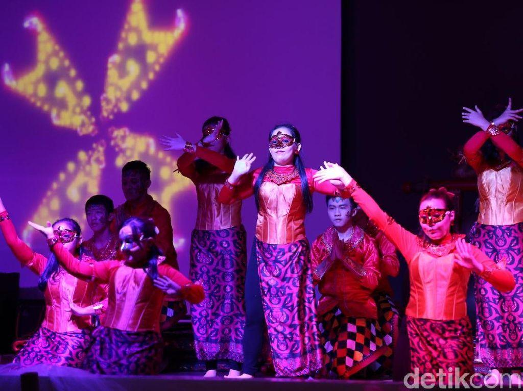 Di Tengah Gempuran Kpop, Ini Cara Siswa Santa Maria Cintai Budaya Lokal