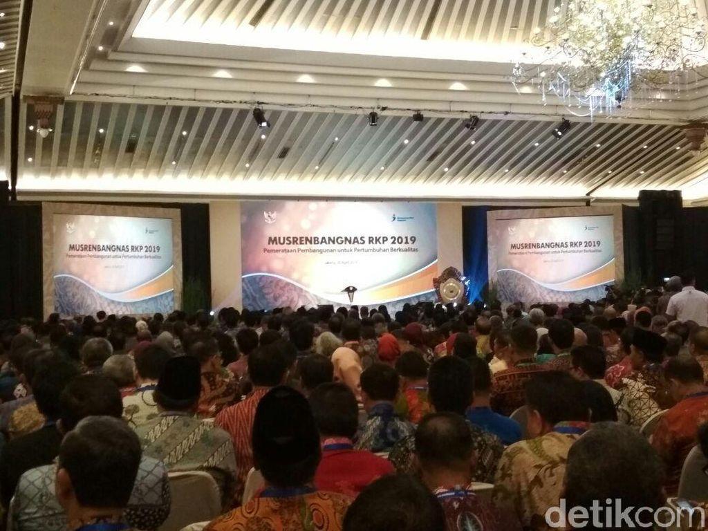 Jokowi dan Para Gubernur Bahas Rencana Pembangunan 2019
