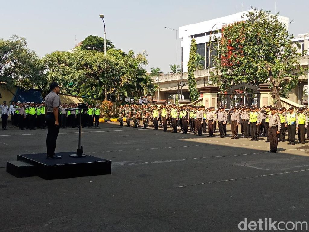 May Day, Polisi Amankan Demo 2.500 Buruh di Jakut