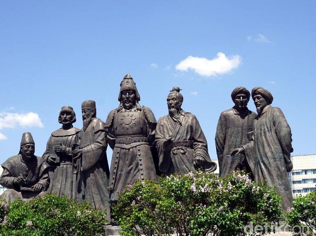 Pameran Genghis Khan di Prancis Gagal Digelar Gegara China