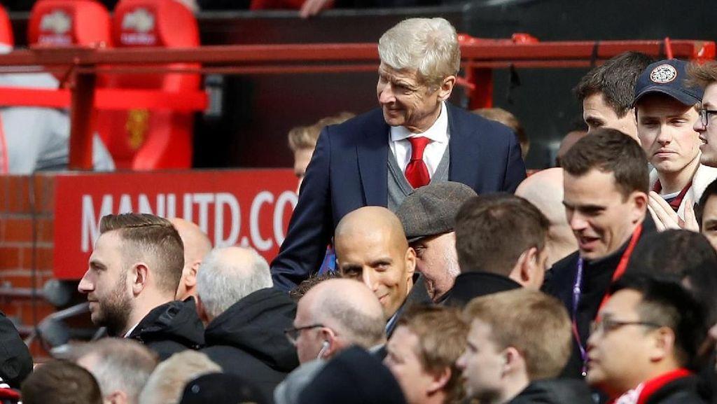 Foto: Penuh Senyum Antara Mourinho, Wenger, Juga Ferguson