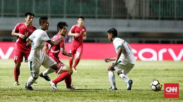 Timnas Indonesia gagal memanfaatkan peluang mencetak gol di laga lawan Korea Utara.