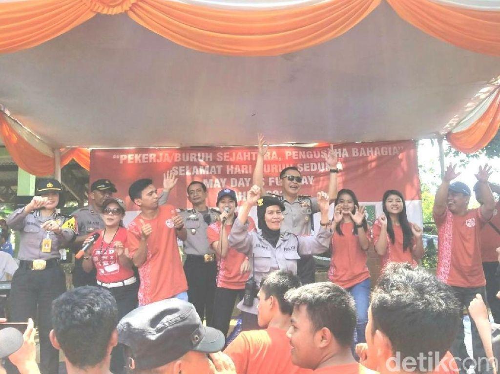 Berlibur dan Bernyanyi, Buruh Sukabumi Rayakan May Day Fun Day