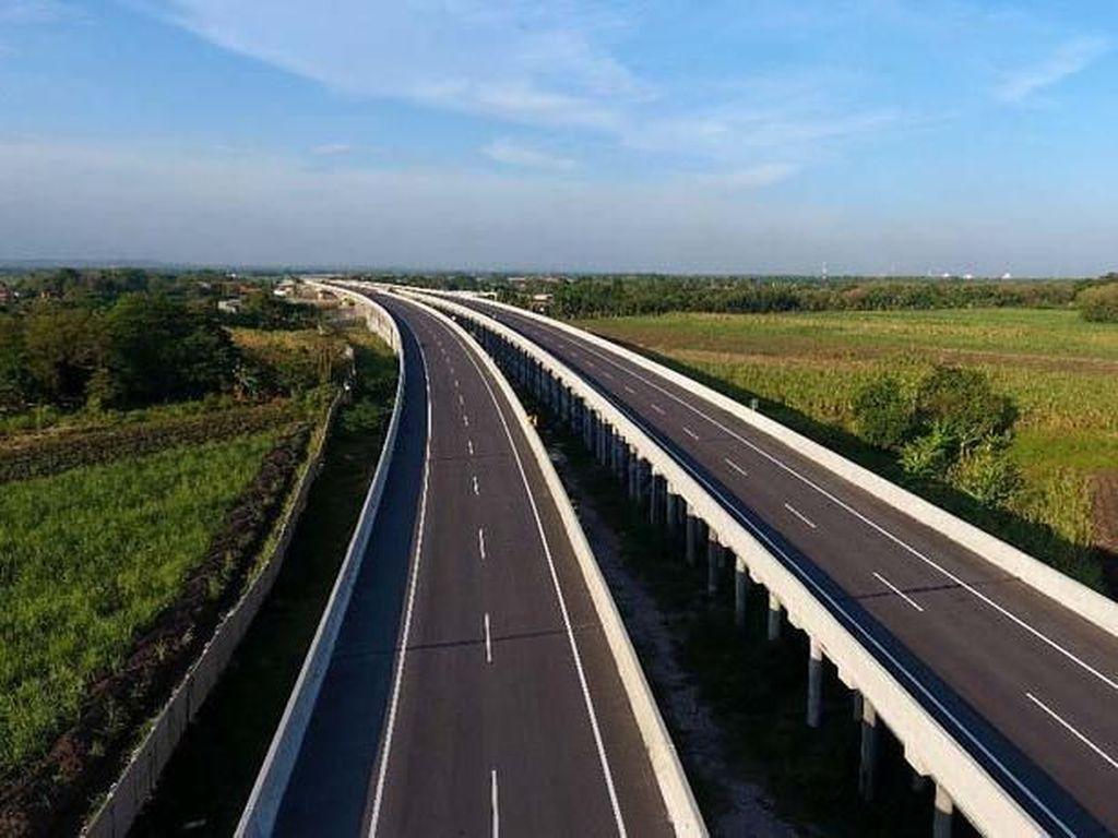 Jalan Tol Makin Panjang, Pemudik Diminta Jangan Cuma Tancap Gas