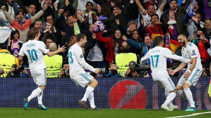 Ada nobar fans Real Madrid di sejumlah kota di Indonesia (Paul Hanna/Reuters)