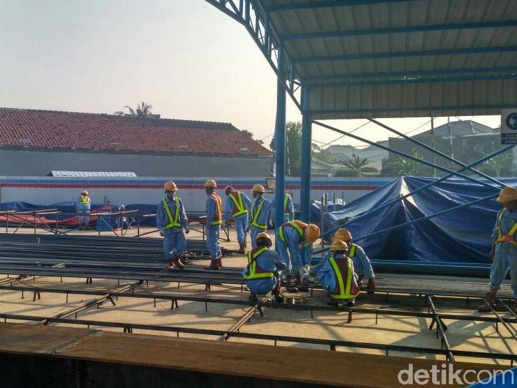 Pekerja Lokal Dominasi Proyek Kereta Cepat JKT-BDG