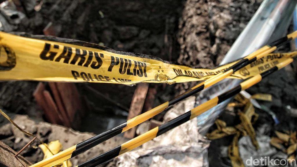 Garis Polisi Dipasang di Galian Tempat Tewasnya Tarno