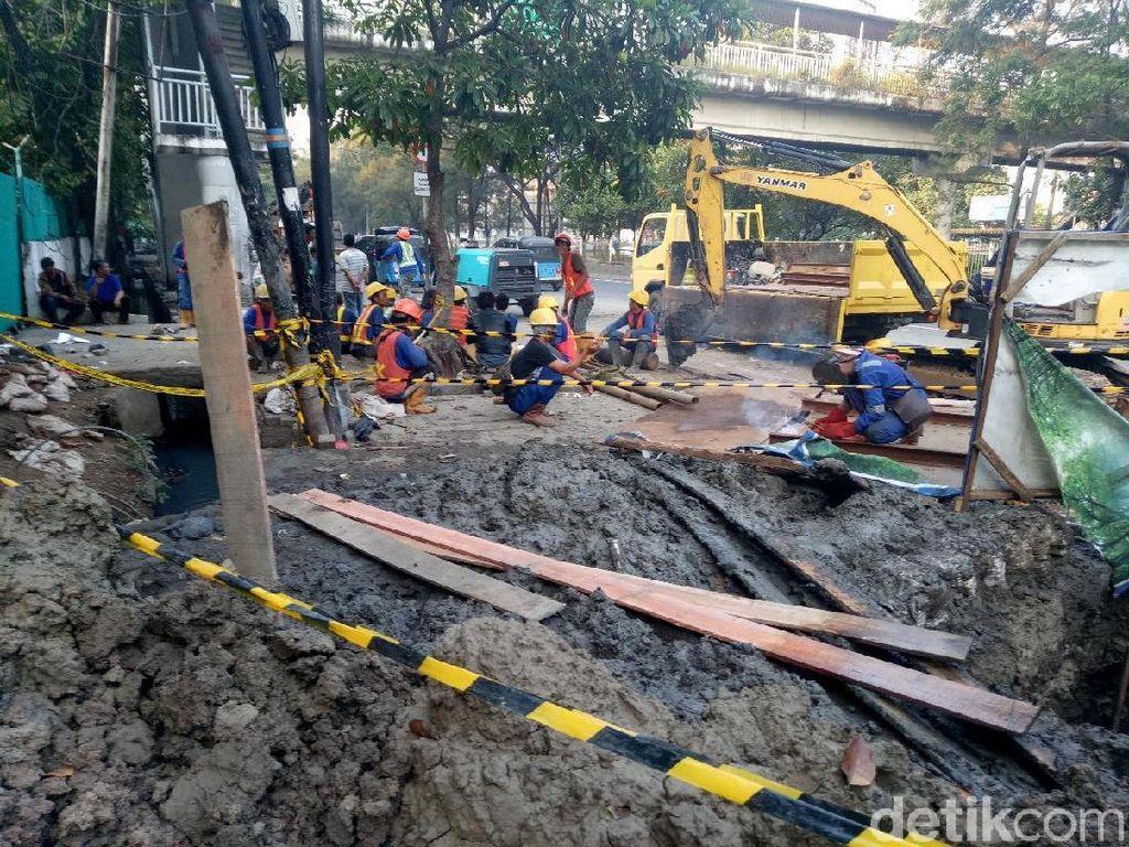 Kisah Tragis Pak Tarno Tertimbun Gorong-gorong Pluit