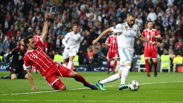 Bayern Memberi Hadiah Gol untuk Madrid