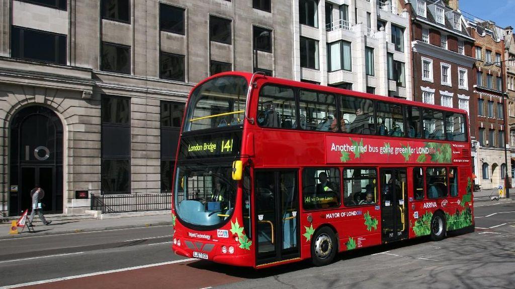 Foto: Melihat Bus Listrik di Kota Dunia, Jakarta Kapan?