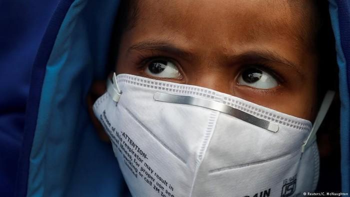 Anak-anak jadi korban polusi udara tiap tahunnya. Foto: DW (Soft News)