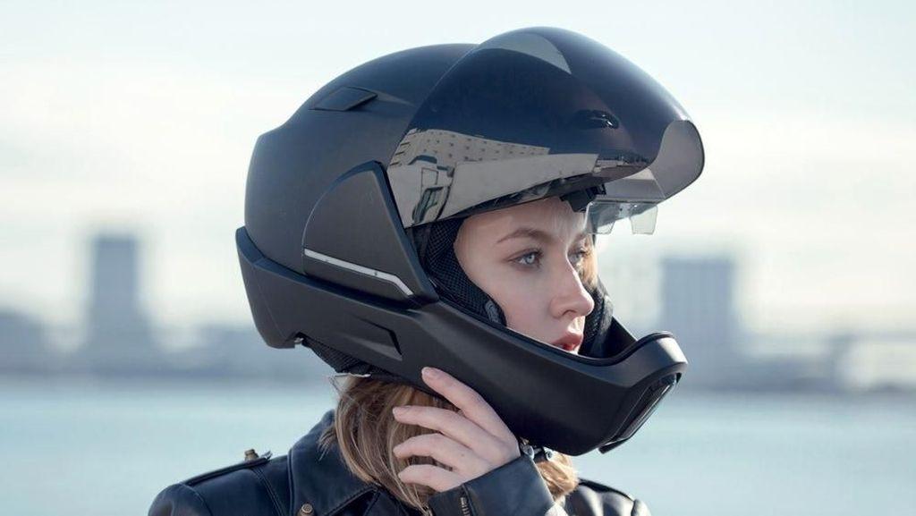 Helm Ini Bisa Beri Pandangan Pemotor Hingga 360 Derajat