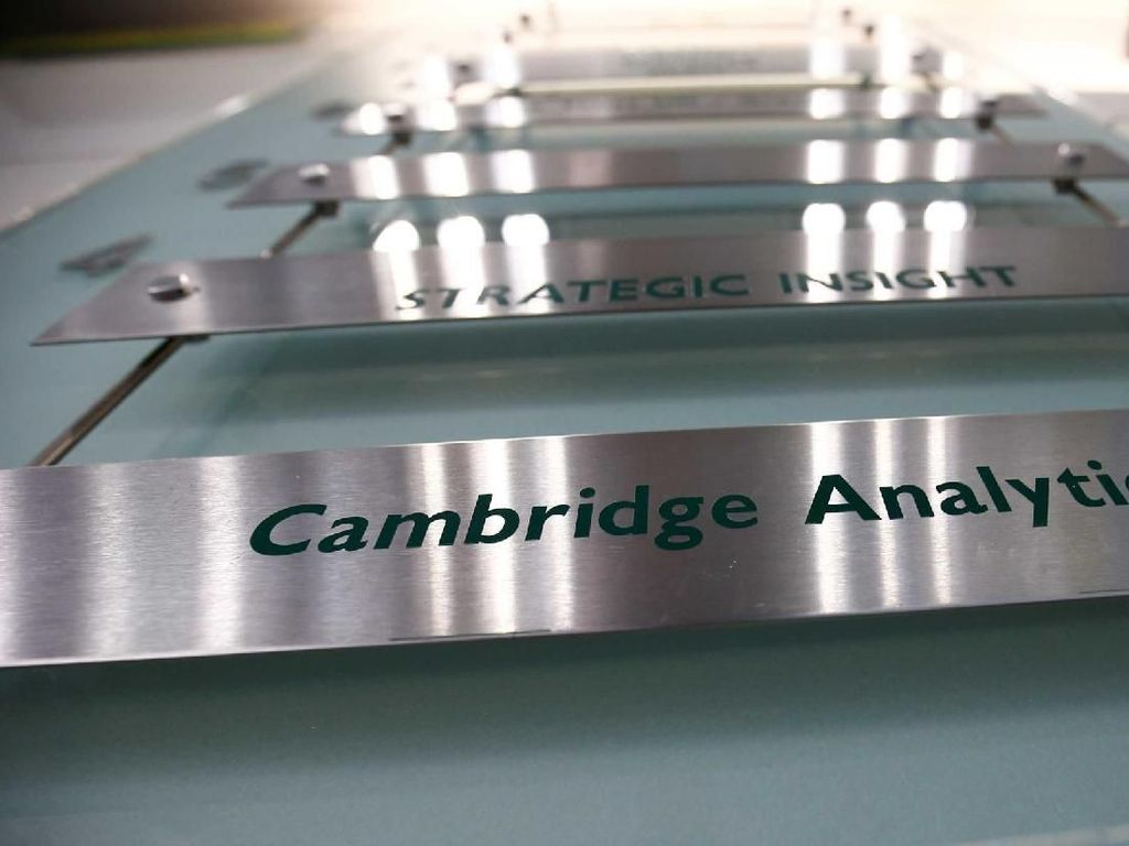 Cambridge Analytica Nyatakan Diri Bangkrut