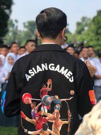 Jaket hitam Asian Games yang dipakai Jokowi