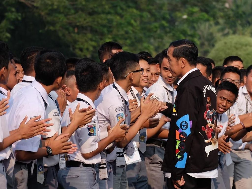 Menpora soal Jaket Asian Games Jokowi: Ini Terobosan Presiden
