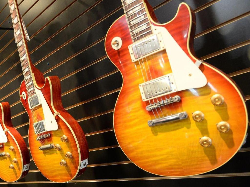 Gibson Butuh Gitar Hero seperti Era Jimmy Page