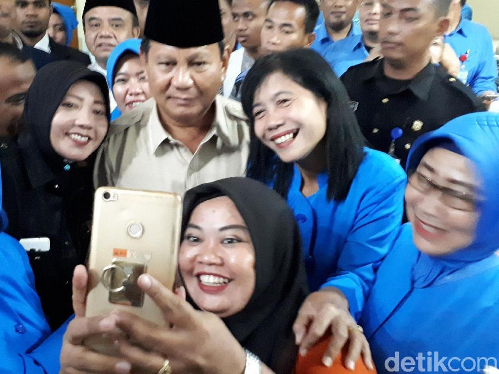 Prabowo: Survei Itu Tergantung Siapa yang Bayar