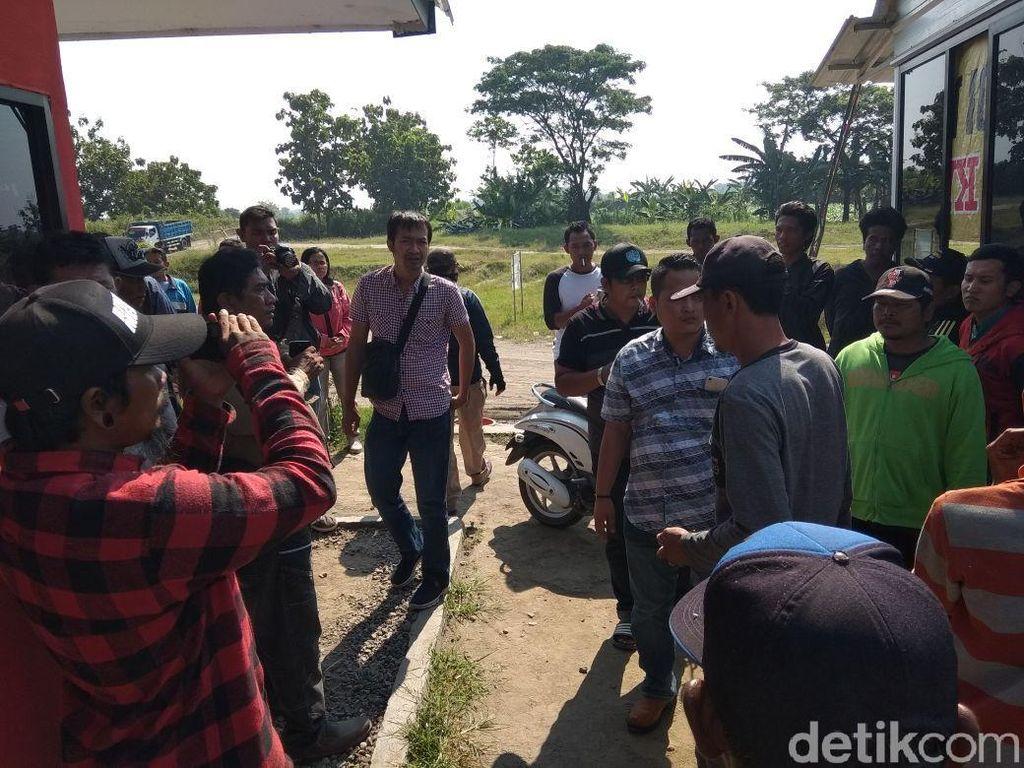 Warga Kediri Ingin Tambang Pasir di Lereng Gunung Kelud Ditutup