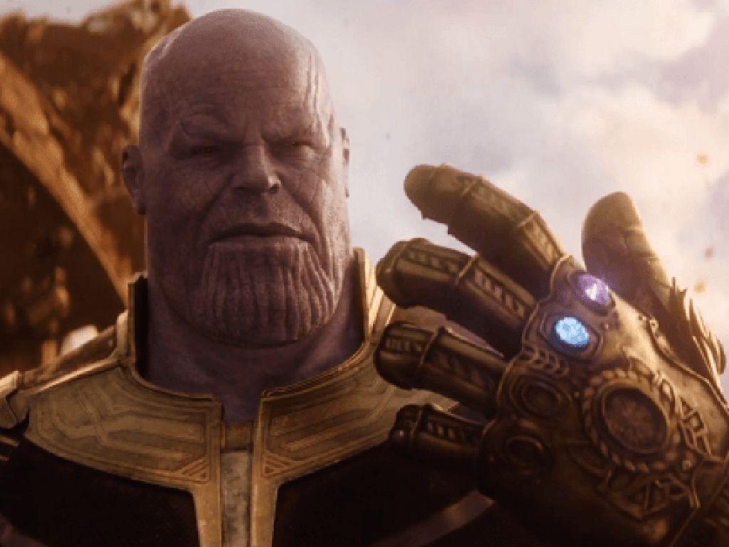 Tawaran bagi Thanos Hadapi Colossus dari Deadpool