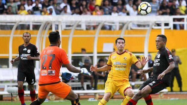 Sriwijaya FC terancam turun level jika gagal meraih kemenangan pada laga terakhir Liga 1 2018.