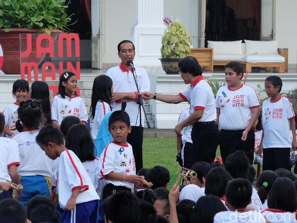 Pesan Jokowi ke Anak-anak: Jangan Main HP Terus