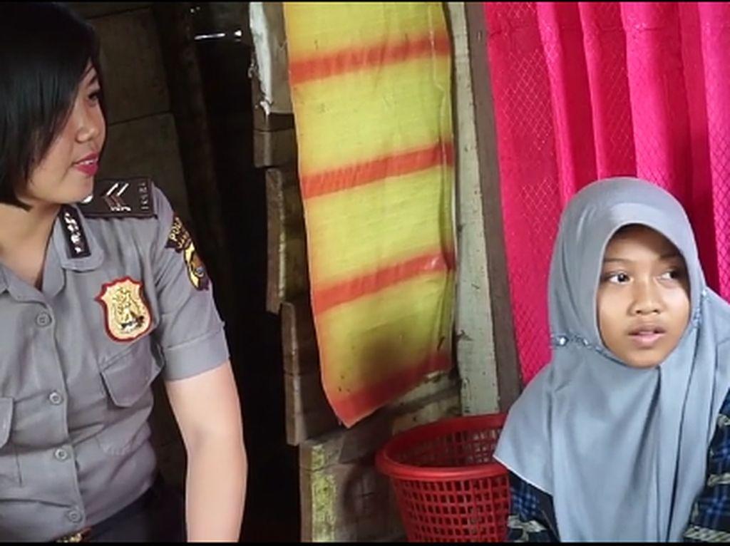 Kala Nurani Polwan Jambi Tersentuh Anak yang Jualan Jagung Rebus