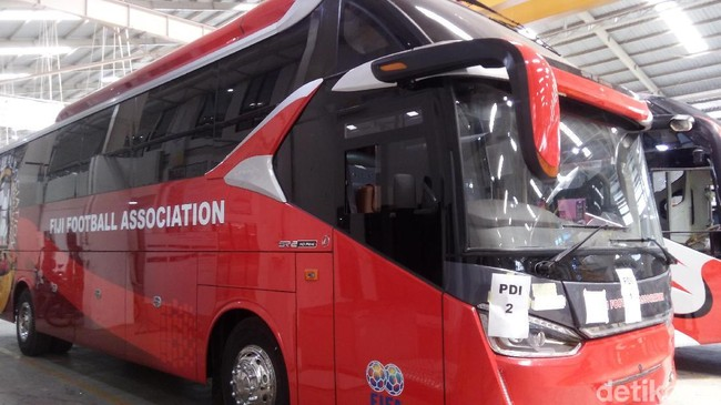 Bus Buatan Karoseri Indonesia Dipakai Kesebelasan Fiji