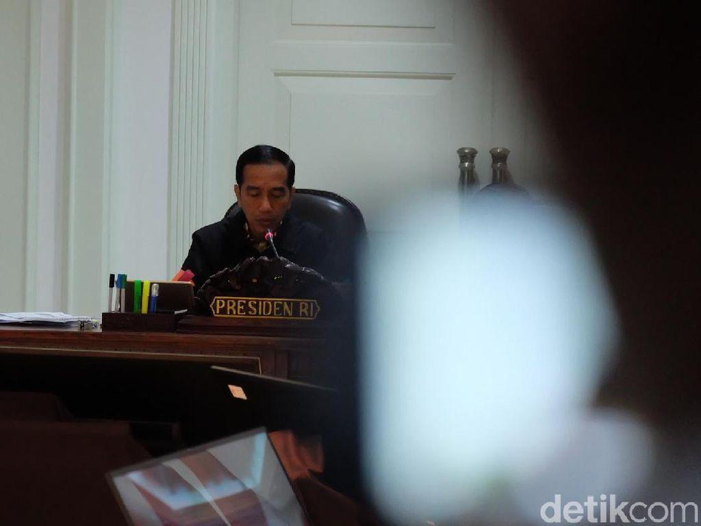 Jokowi Kumpulkan Menteri Bahas Percepatan Divestasi Freeport