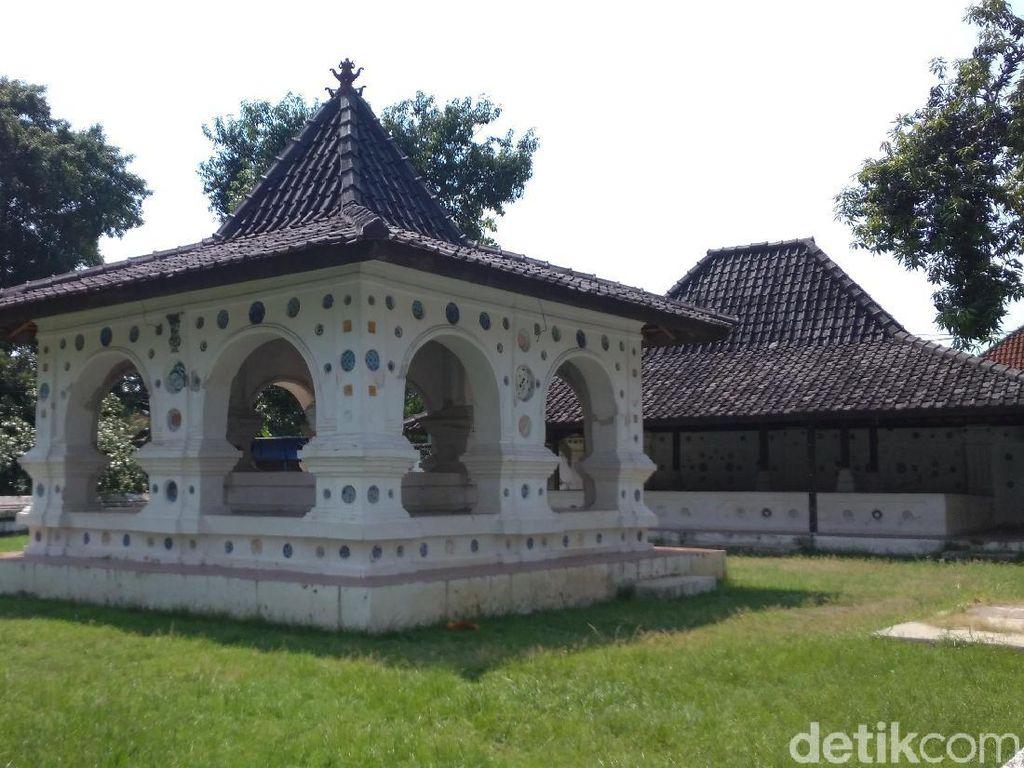 Ini Kompleks Ksiti Hinggil, Tempat Raja Pertama Cirebon Dinobatkan