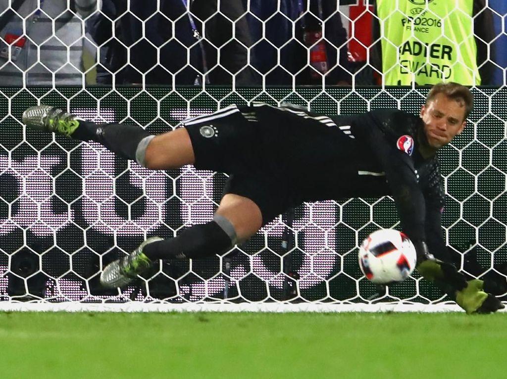 Heynckes: Neuer Berambisi Besar Main di Piala Dunia, tapi ...