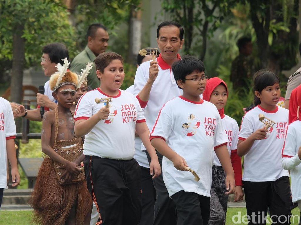 Jokowi Ajak Main Anak-anak, Istana Disulap Bak Taman Bermain