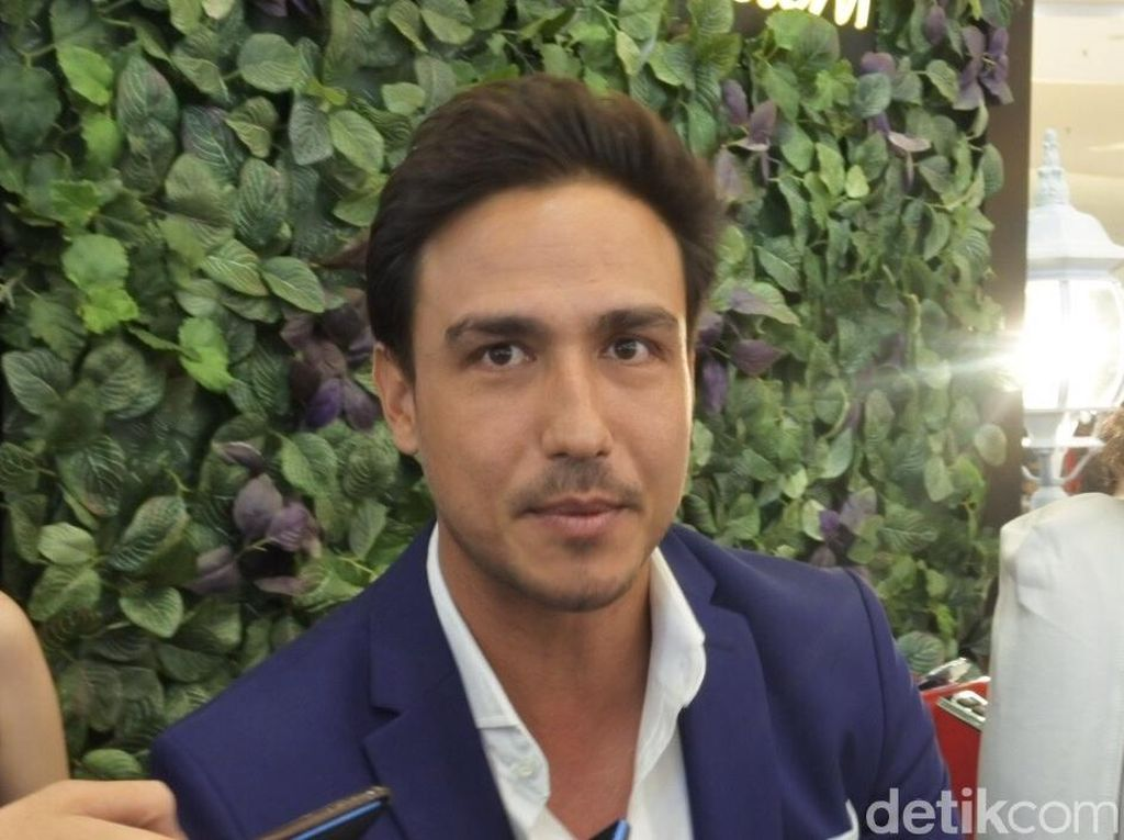 Ini yang Bikin Hamish Daud Jatuh Hati sama Galaxy Note 9