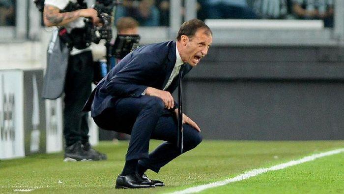 Massimiliano Allegri menolak tawaran Real Madrid (Massimo Pinca/REUTERS)