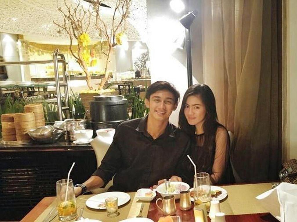 Yuk, Intip 10 Momen Romantis Caesar Hito dan Felicya Angelista Saat Makan Berdua!