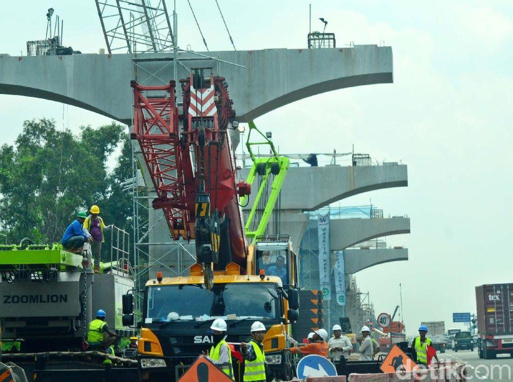 Sambut Mudik, Proyek di Jalur Jakarta-Cikampek Disetop 20 Hari