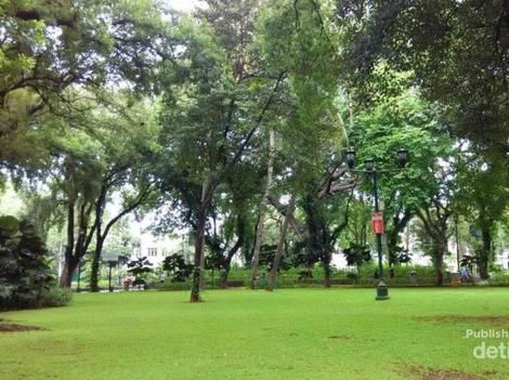 Taman Suropati yang Tidak Pernah Bikin Bosan