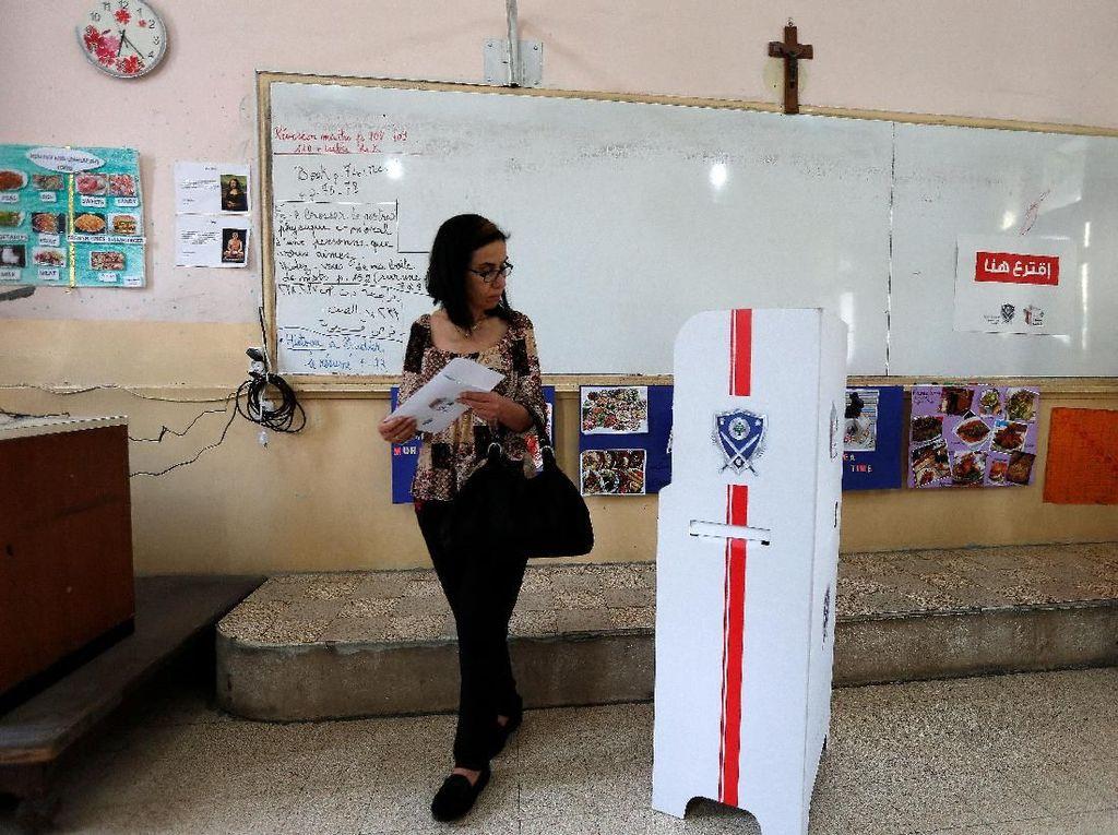 Foto: Absen 1 Dekade, Pemilu Lebanon Kembali Digelar