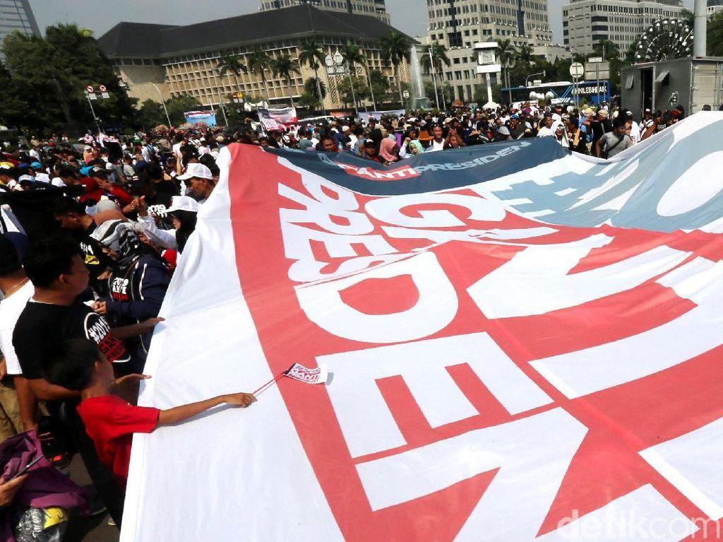 #2019GantiPresiden: Mulai dari Kaus, Takjil hingga Mudik