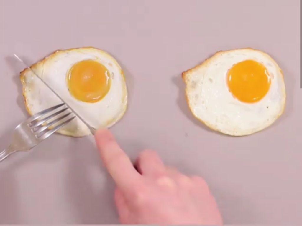 Bisa Tebak? Mana Gambar Makanan dan Mana Makanan Sungguhan?
