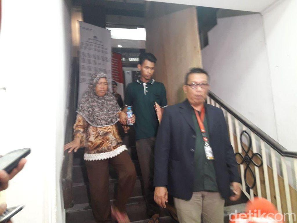 Ibunda Rizky Korban Bagi Sembako di Monas Cabut Laporan Polisi