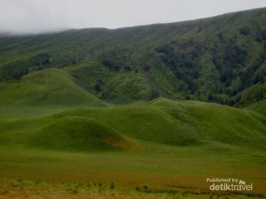 Mungkin Ini Gunung Berapi Teramai di Indonesia