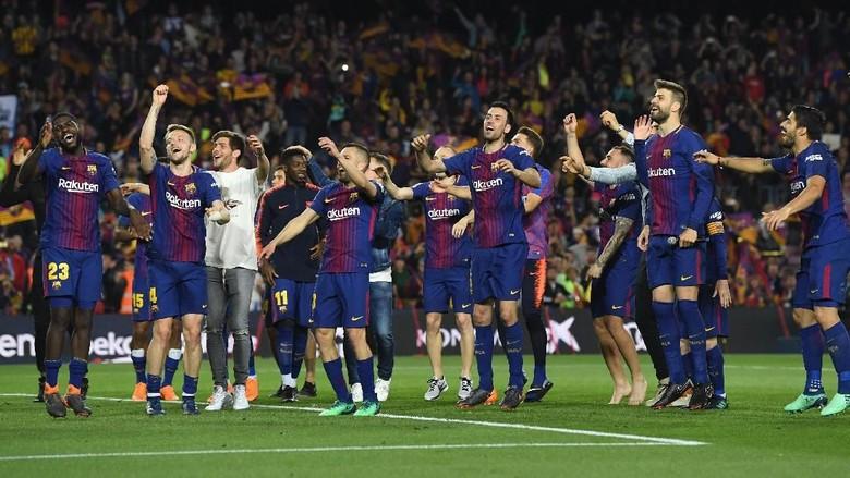 Tak Dapat dari Madrid, Barcelona Lakukan Sendiri Guard of Honor