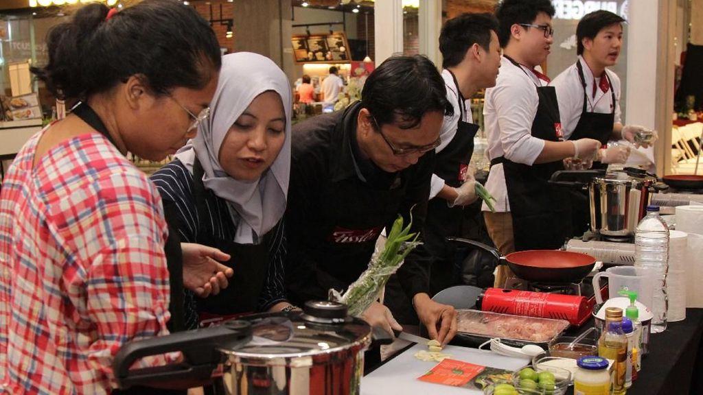 Kompetisi Demo Memasak di Tangerang