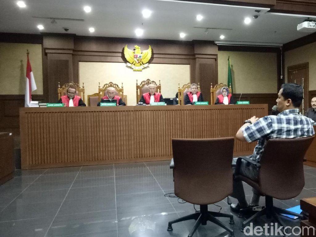 Penyidik KPK Cerita Misteri Hilangnya Novanto di Sidang Fredrich