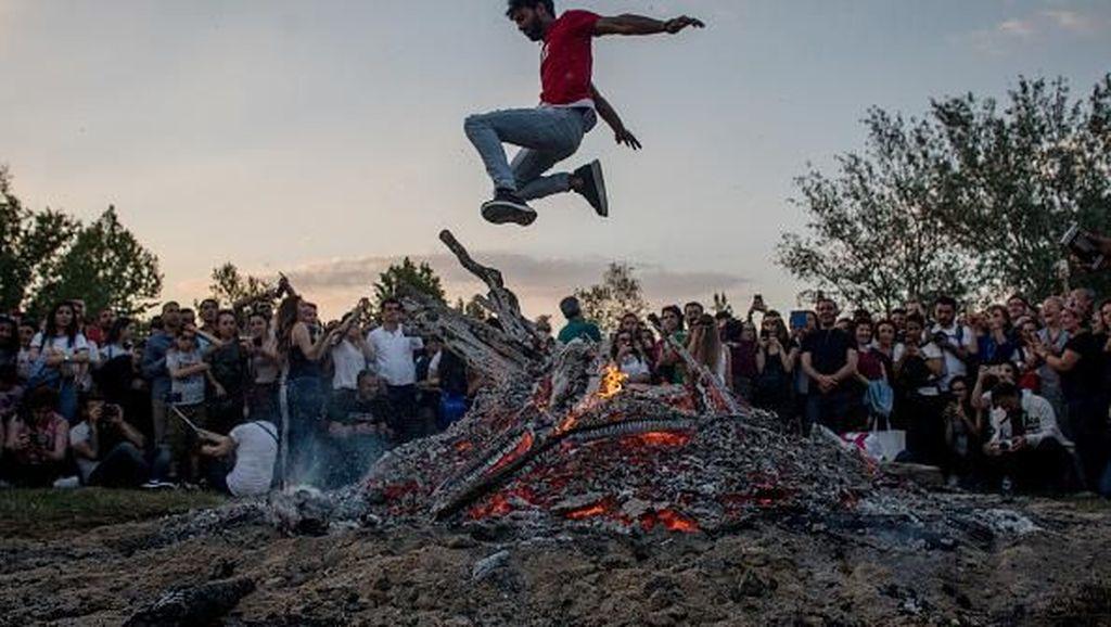 Begini Keseruan Festival Kakava di Turki